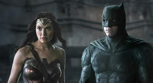 new justice league image once again brings batman wonder