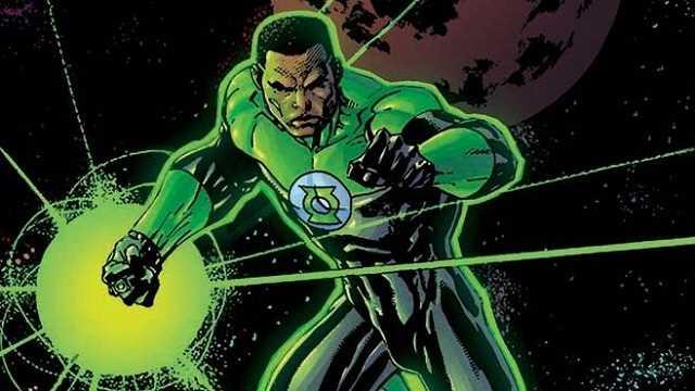 www.comicbookmovie.com